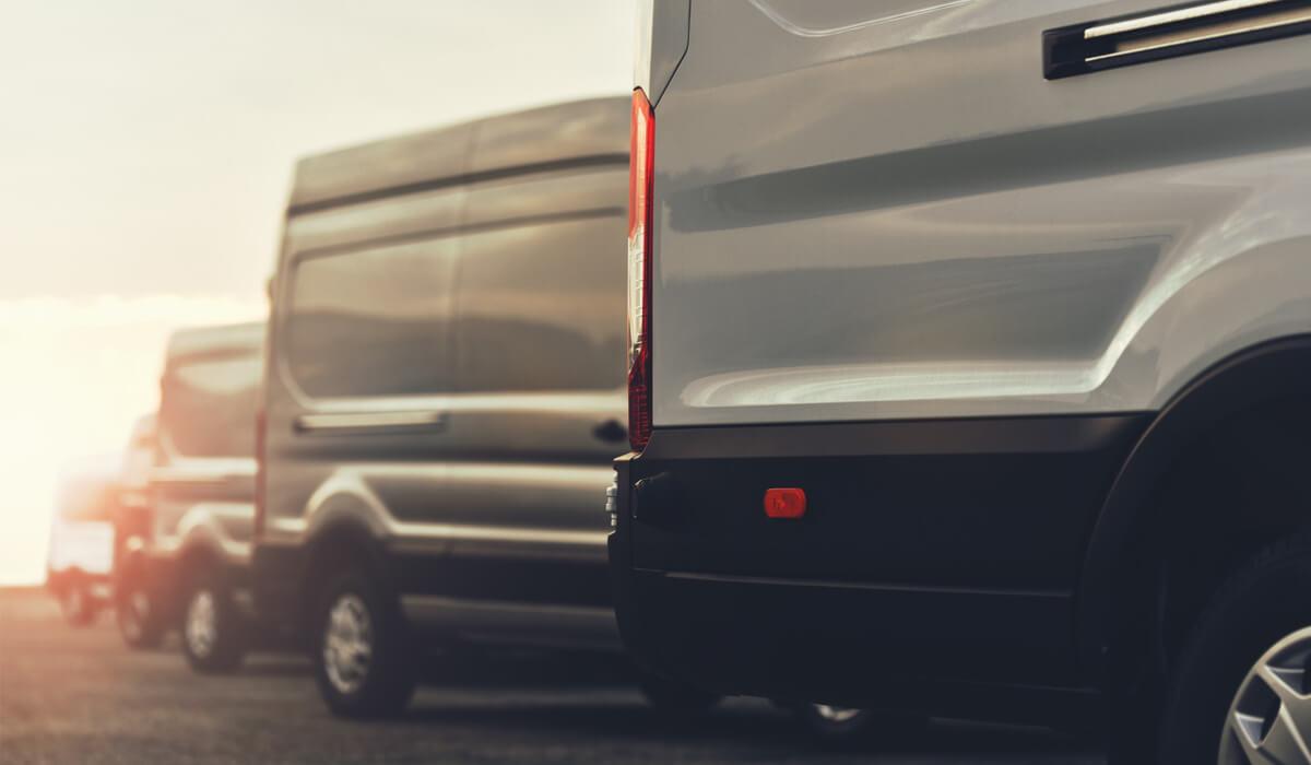 L'UE guarda con favore l'utilizzo di veicoli noleggiati. Il Consiglio punta a rimuovere i vincoli esistenti