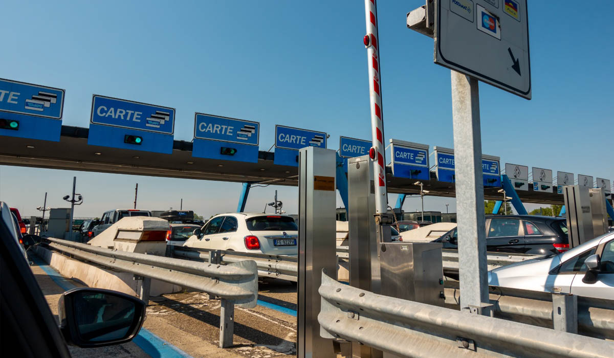 """Pedaggio autostradale: come si effettua il calcolo della tariffa e quali sono le tratte più """"costose"""""""