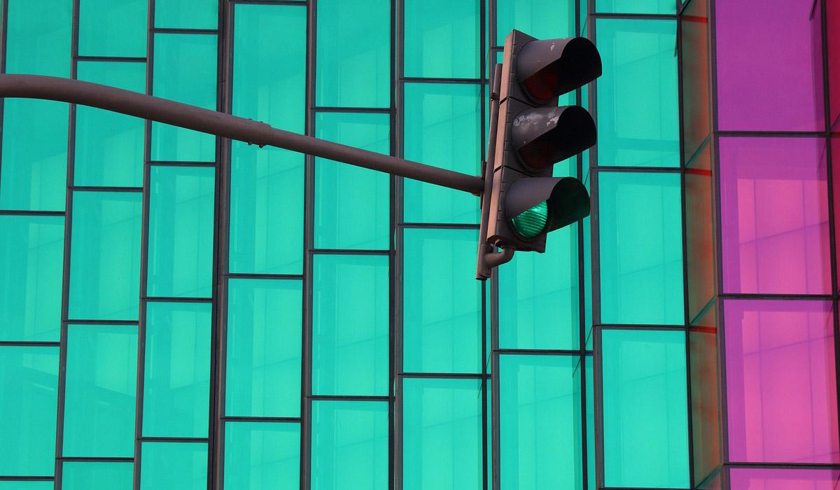In arrivo i semafori intelligenti con meno tempi di attesa per auto e pedoni