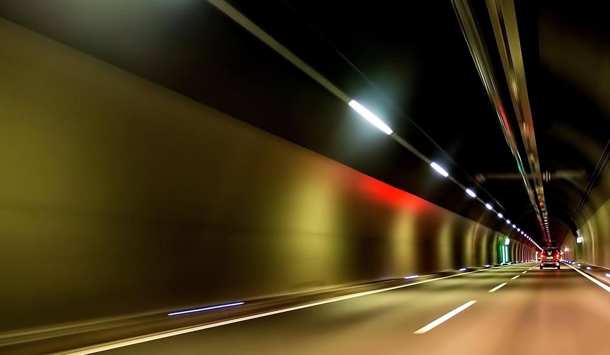Tutto pronto per la consegna della galleria Santa Lucia sulla A1. Il tunnel a 3 corsie più grande d'Europa