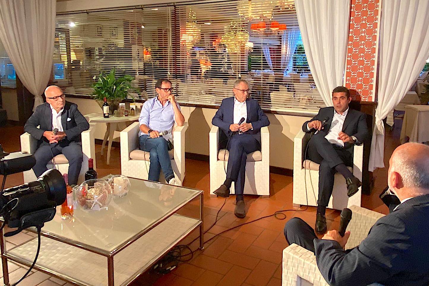"""Valerio Molinari ospite della trasmissione """"Il Salotto al Caminetto"""". VIDEO"""